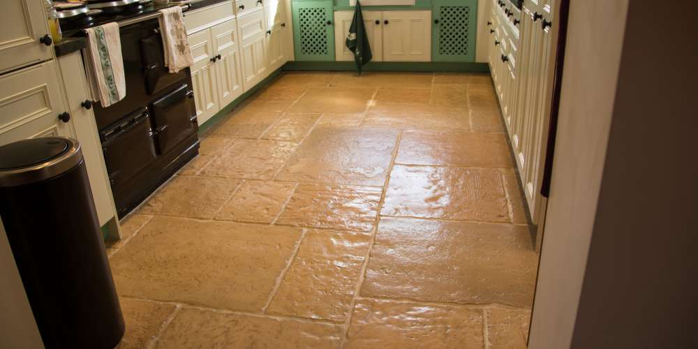 Old Mill flagstones in Honey Gold