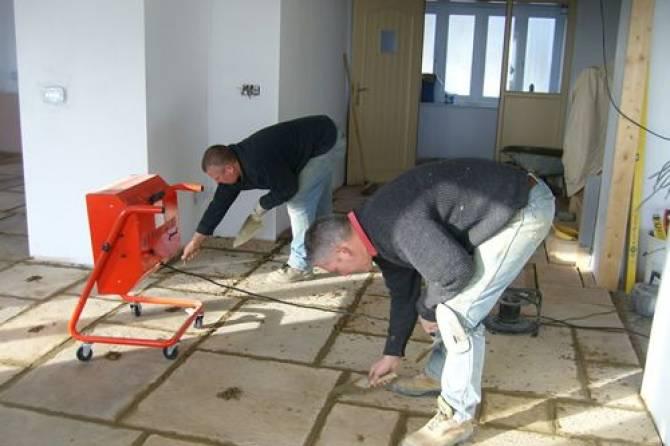 Traditional flagstone floor tiles