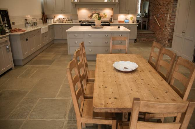Classic farmhouse kitchen flagstone flooring