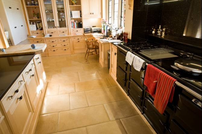 Flagstone floor tiles for traditional kitchens