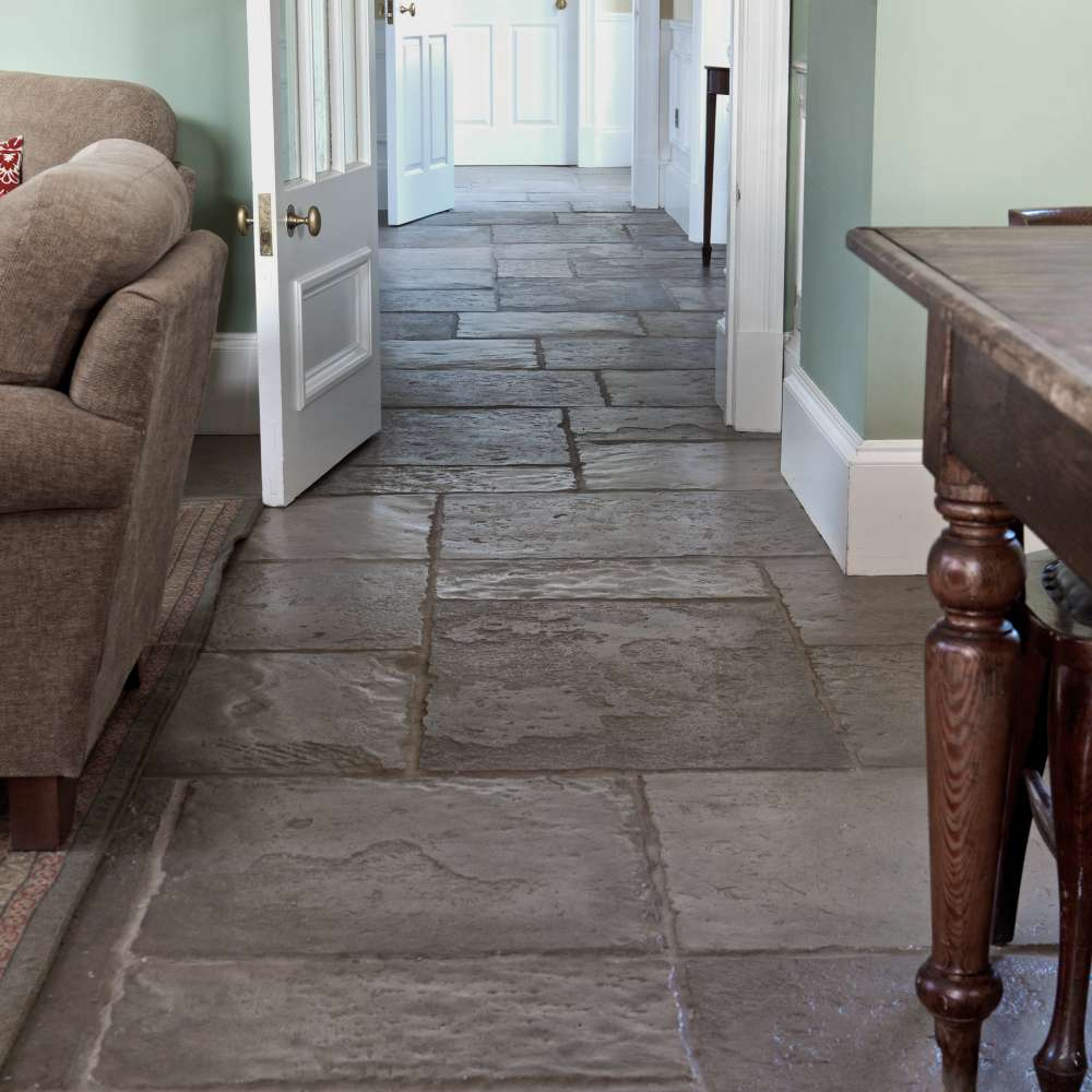 Interior Flagstone Flooring To Give A Classic Feel To Your